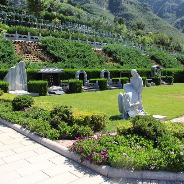 桃峰陵园的经营区域是怎么划分的?园区内有哪些划分?